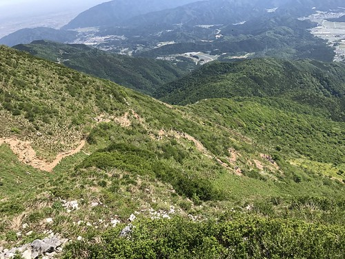 伊吹山 琵琶湖展望台より表登山道 | by ichitakabridge