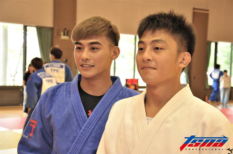 楊勇緯(左)與哥哥楊俊霆。(資料照)