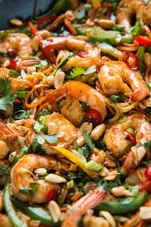15 Minute Shrimp & Vegetable Stir Fry | Will Cook For Friends | by WillCookForFriends