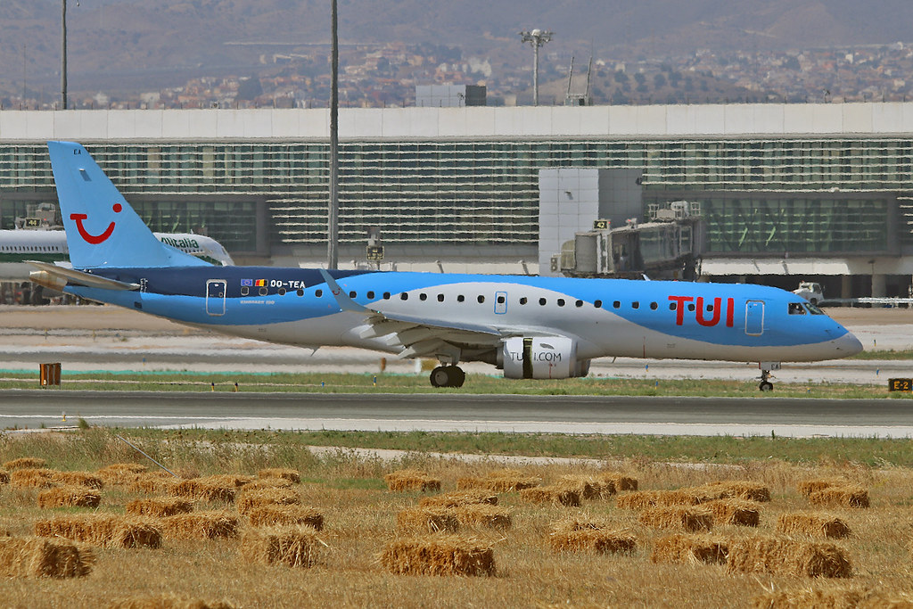 OO-TEA Embraer 190-100STD TUI Airlines Belgium AGP 14-06-17
