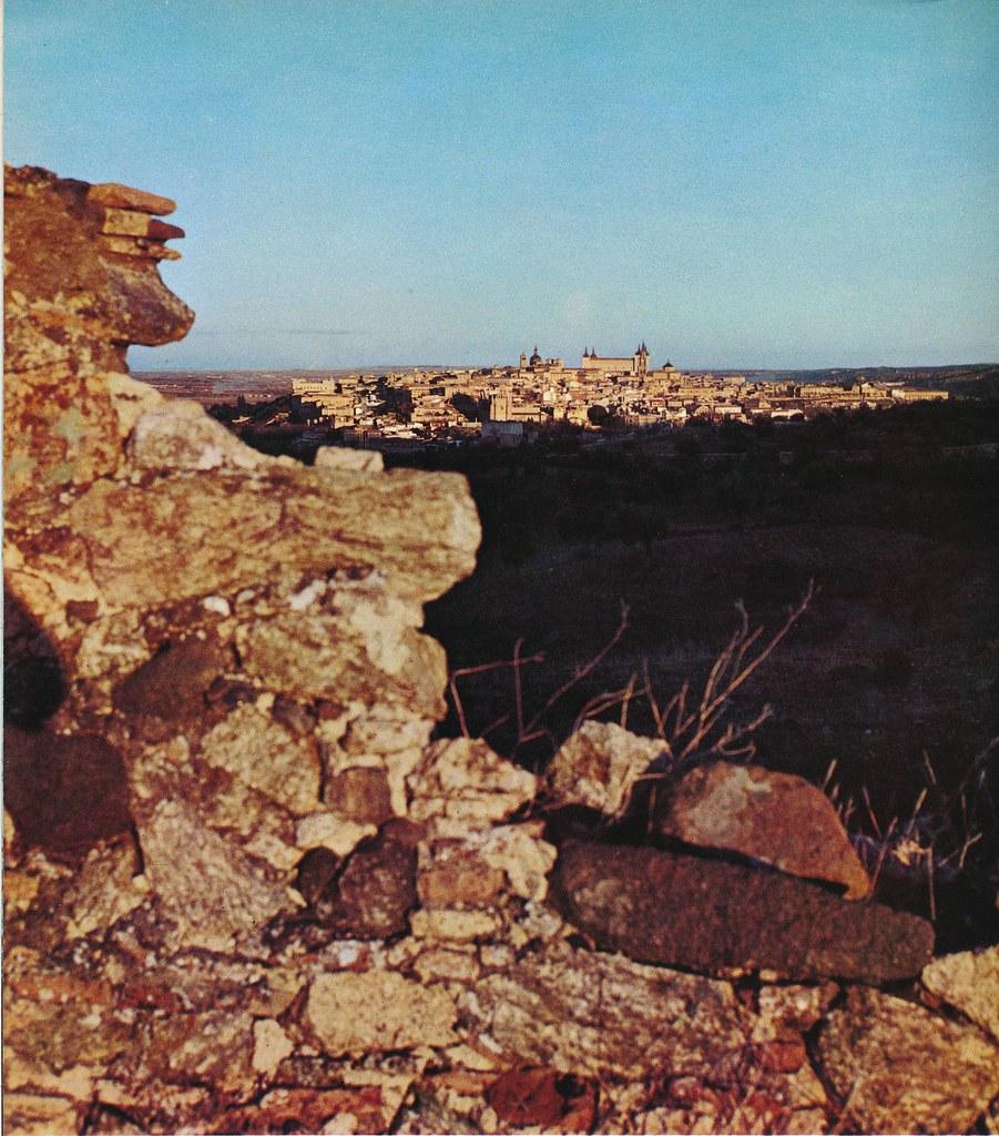 Toledo visto desde el oeste hacia 1967 por Marc Flament.