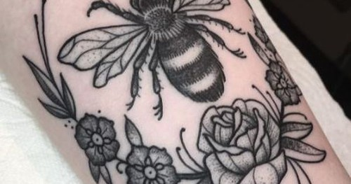 Just Pinned to Bees: TATTOOS IDEAS http://ift.tt/2ri5vfu   by FluffWonderland