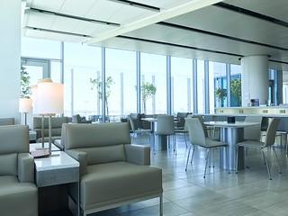Lounge, LAX | by Shinji Abe