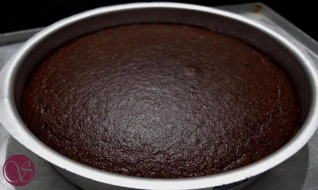 Rava Chocolate Cake