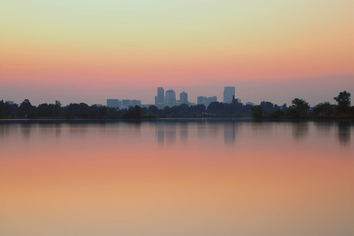 denver colorado sloanslake skyline downtown reflections sunrise dawn daybreak morning landscape longexposure le