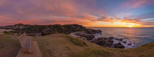 seaacresreserve portmacquarie lighthousebeach nsw newsouthwales australia beach ocean sea pacific sunrise sun panorama pano panoramic coast coastline landscape sky bench seat