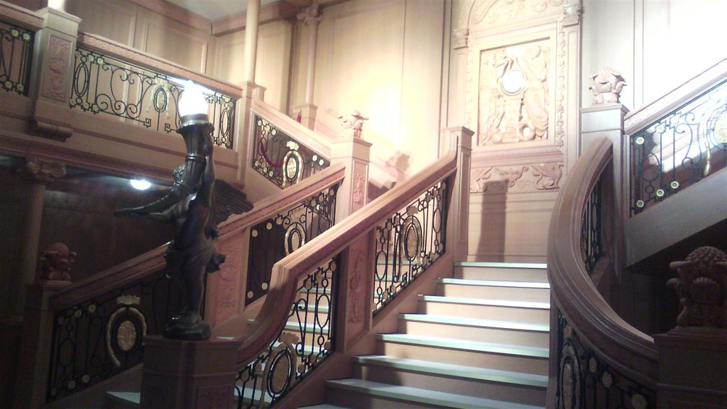 RECREATION OF STAIRCASE FROM THE TITANIC