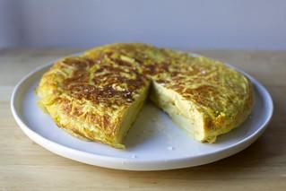 Tortilla De Patatas Tortilla De Patatas On Smittenkitchen Deb Flickr