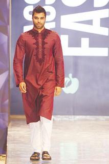 Arvind Pandit   modeling 2015 pakistan   by arvindpandit