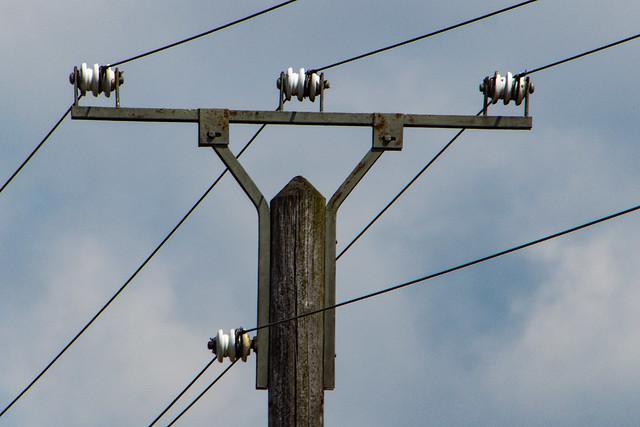 230V / 400 V Power Pole