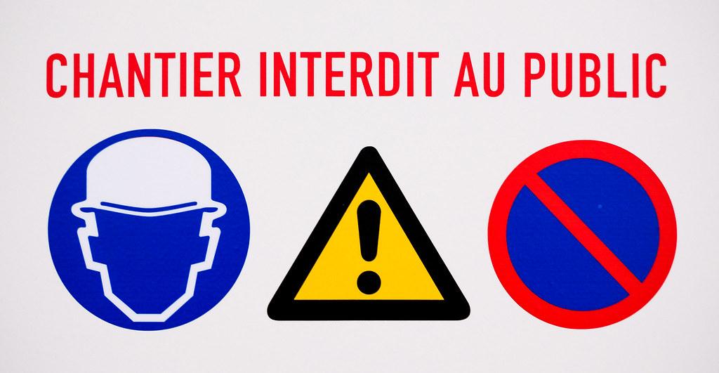 """Résultat de recherche d'images pour """"chantier interdit"""""""