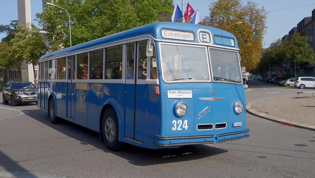 Tram Museum Zürich - Tag der historischen Busse - FBW 51 UV (20. August 2017)