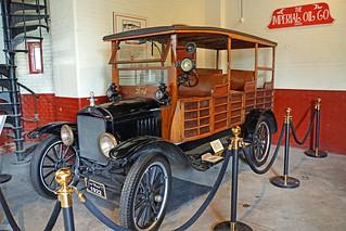 DSC09021 - 1922 Ford Model T Woody