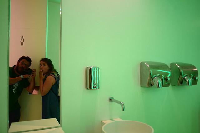 [il maniaco dei bagni] e [la maniaca dei bagni] in Triennale