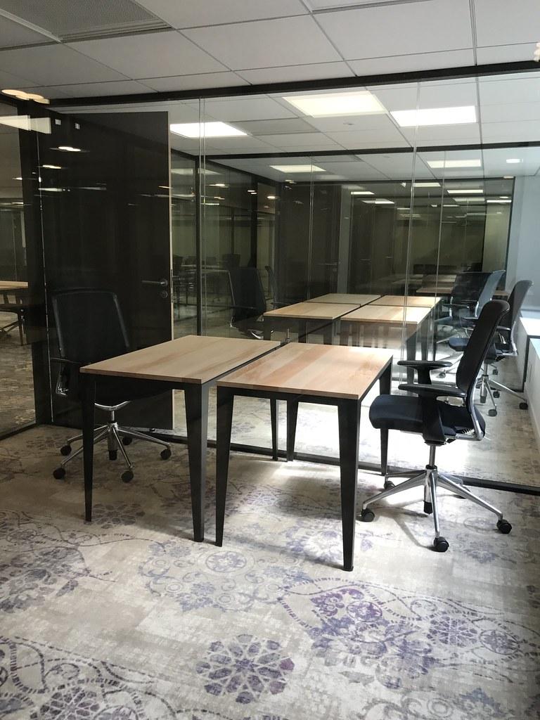 Bureau Ferme Pour 2 Personnes Espace De Coworking Et Centr