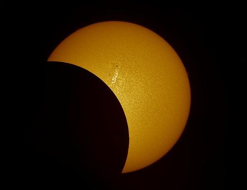 etalon eclipse achromat alpha prominences pst penumbra prominence protuberances protuberance flares filament filaments flare sun sunspots solar spicule sunsunspots stack