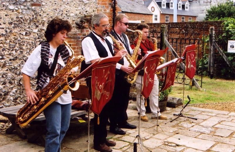 Saxofony3