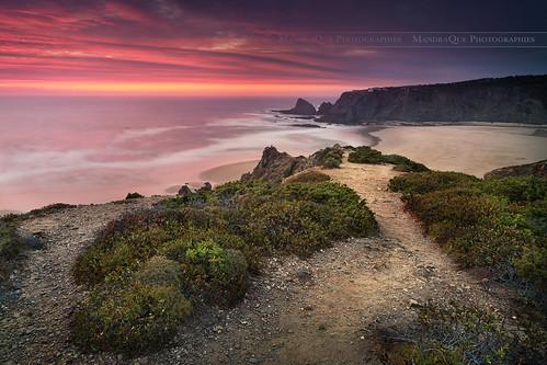 odeceixe mandraque praia praiadeodeceixe portugal beach plage sunset coucherdesoleil canon sea clouds nature landscape paysage 5dmarkiii 5d zeiss distagont2821