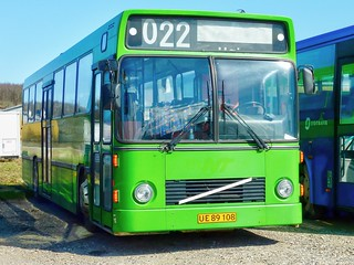 TideBus-UE89108 (Tide Bus Garage, Aabenraa, 10.4.10)P1070083_Balancer