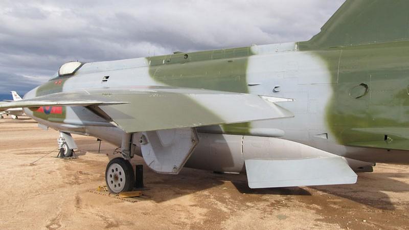 E.E-BAC Lightning F.53 9