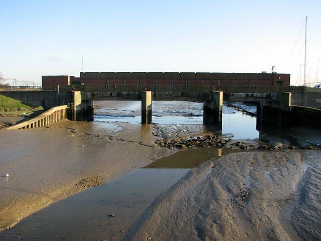 The flood barrier on Benfleet Creek