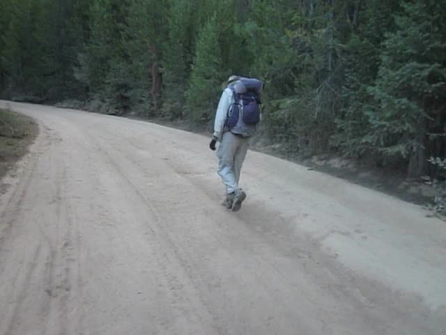 5985 Video of a super-dusty section of Forest Road NF 2610 as we hike up to Dixie Butte