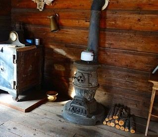 Parksville Museum: Post Office (Heating Stove) - Sony Cybershot 24-1200 mm F2.8-6.3 DSC-HX300 | by Logos: The Art of Photography