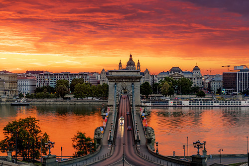 riverdanube danube hdr dri budapest buda pest sunrise colour chainbridge chain bridge art architecture river cars nght
