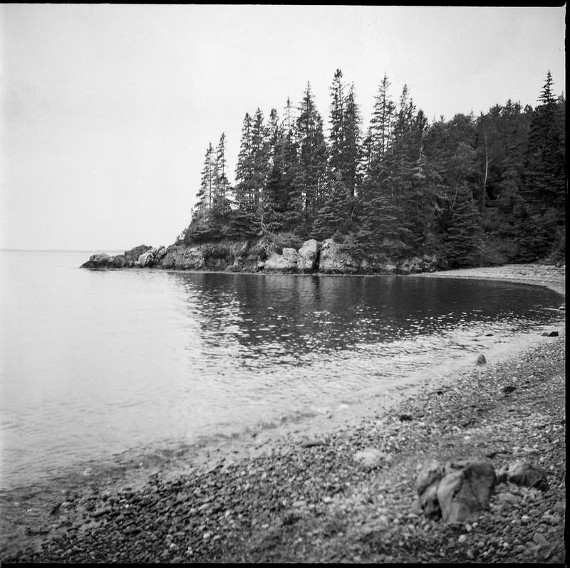 beach, shoreline, reflections, overcast, lighthouse park, Owl's Head, Maine, Ricohflex Dia M, Arista.Edu 200, Moersch Eco Film Developer, late August 2017