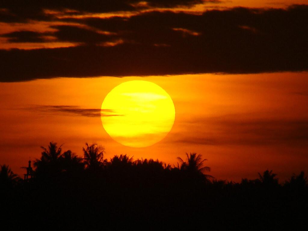 Gambar Matahari Terbit Pagi Hari