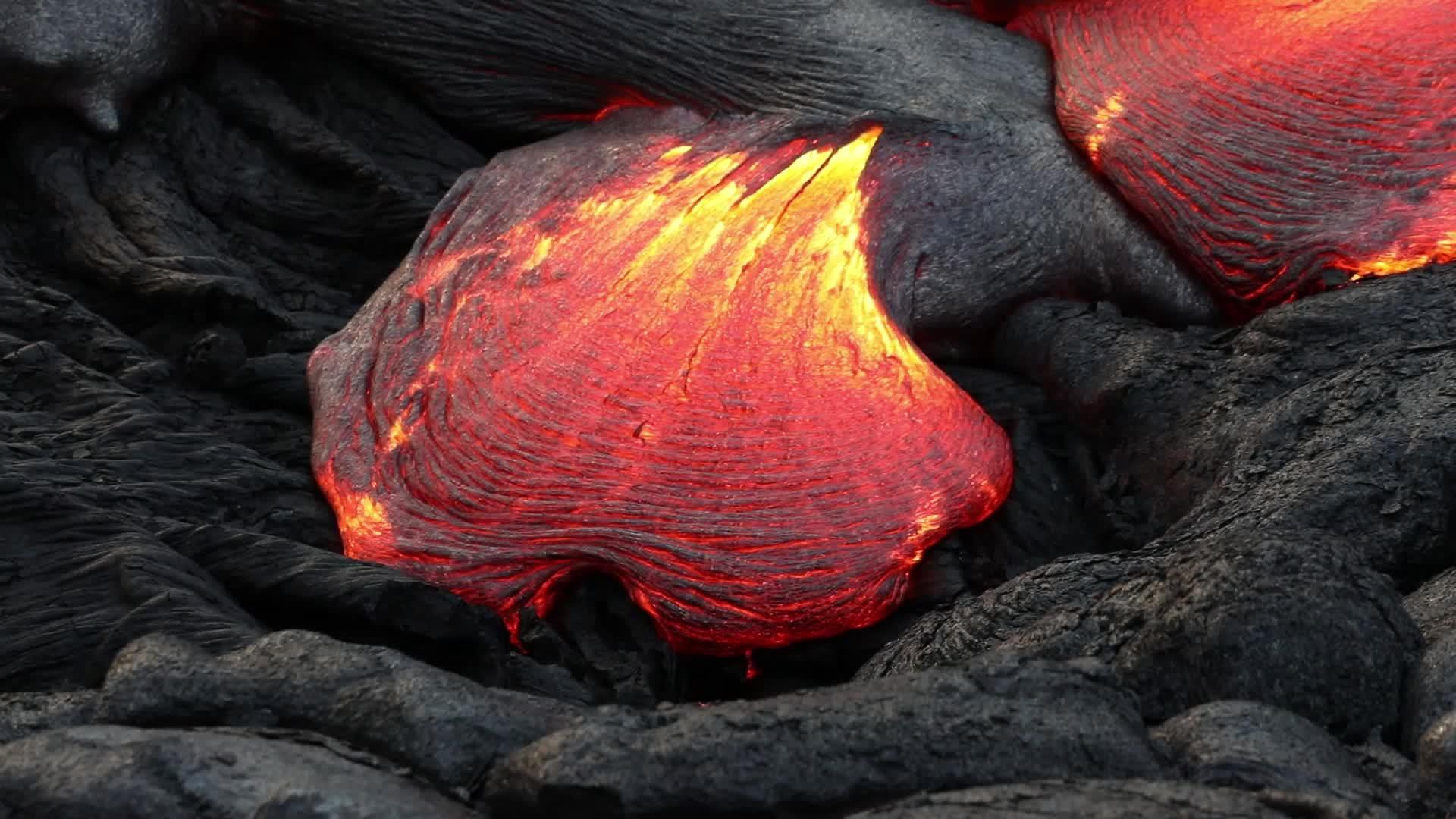 61g lava flow on the coastal plain, 8/30/2017