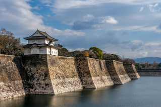 Osaka castle outer wall and moat | by sergejf