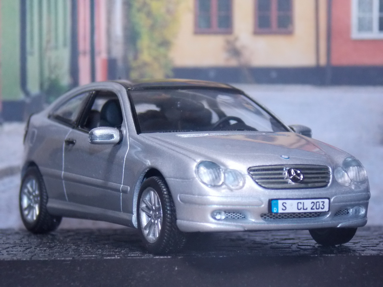 Mercedes Benz C-Class Sport Coupe – 2000