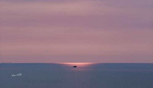 太陽日落 小船 簡單