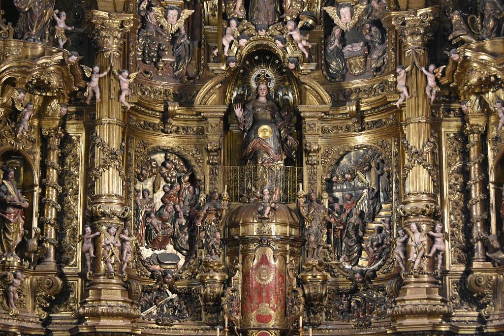 Cadaqués. Parish Church. Altarpiece dedicated to the Virgin Mary. Carved 1723-1729. Gilded 1770-1788. Joan Torras and Pau Costa, sculptors
