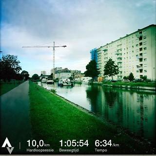 Hardlopen in Mulhouse. Vlak en niet te warm. Echt zoals ik het graag heb. Wel een rare stad. Maar bon. Vanaf nu weer tandje bijsteken. #marathongent #mulhouse #badiaprut #running | by LienWeb