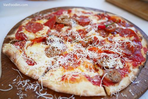 Vesuvio Pizza | by VanFoodies