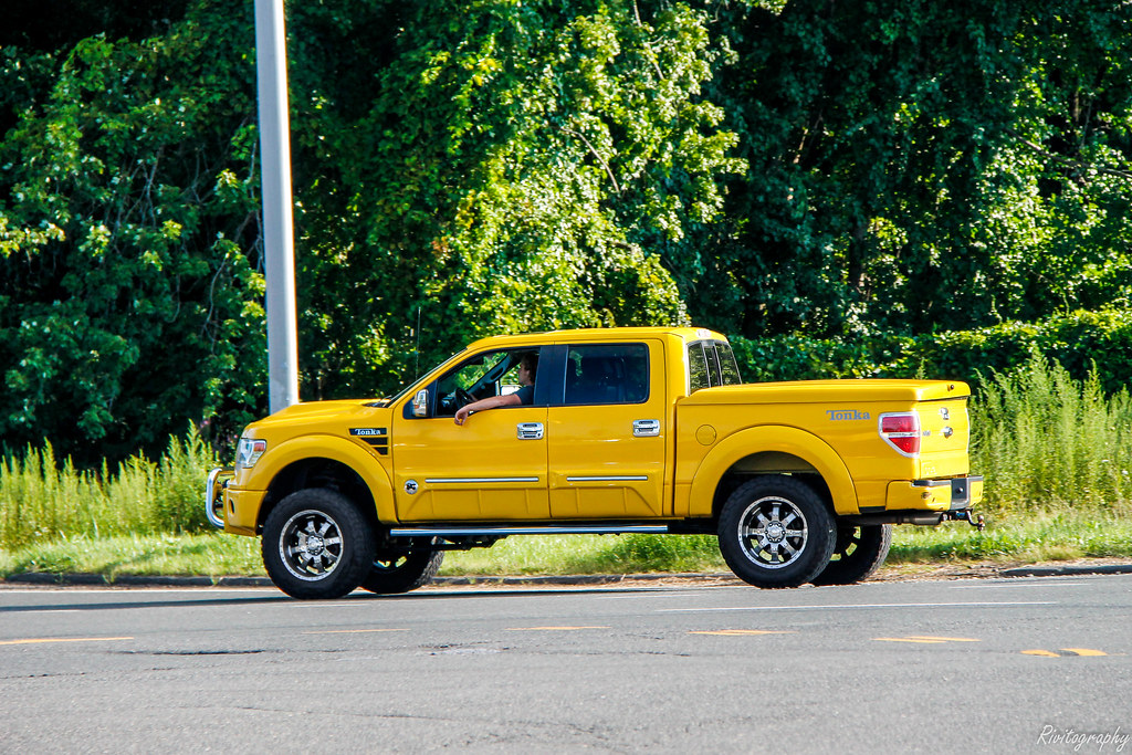 Ford F 150 Tonka >> Ford F 150 Tonka Edition I Found This Getting Onto The Rou