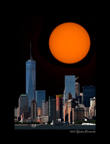 eclipse total lunar totallunarexcipse sun test gull newyork ny statenislandferry statenisland ferry day night happyslidersunday hss orange glow solarfilter solar sunspot ar2671 140000milelong