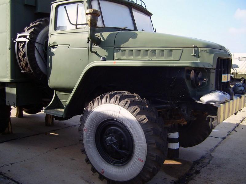 Урал-375 1