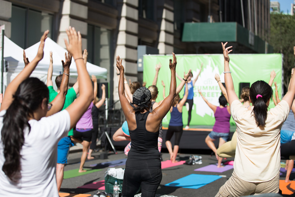 Pop Up Yoga Nyc New York City Department Of Transportation Flickr