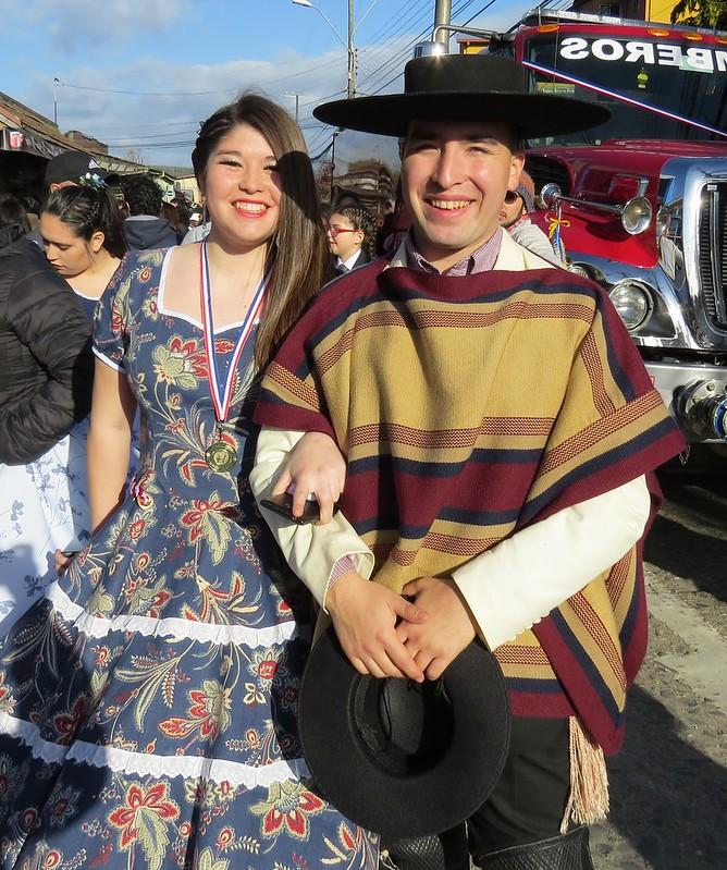 Campeones comunales de cueca Nadia Carrillo  y  Angelo Escobar.