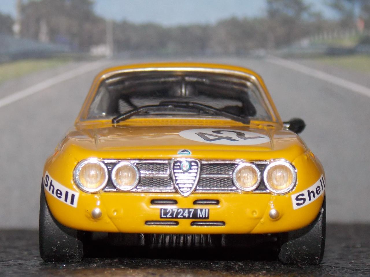 Alfa Romeo 2000 GTam – 24hs Spa 1971