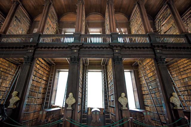 Library. Trinity College Dublín