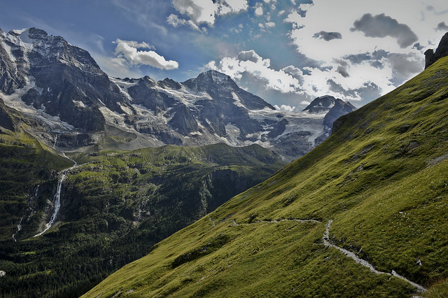 The Breithorn ,   the Schmadribachfall and the high road to Obersteinberg, Canton of Bern . No. 7427 .