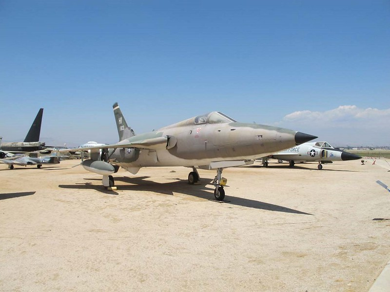 Republic F-105B Thunderchief 1