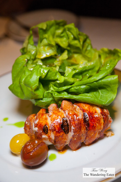 Salade de homard, sauce lauris - lobster tail, basil, tomato, sauce lauris