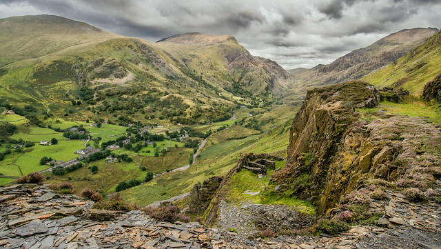 Quarry Onto The Vast Beauty Of Snowdonia