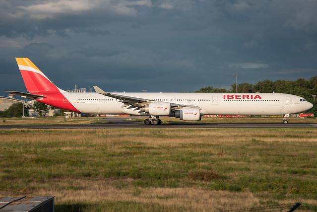 Iberia / A346 / EC-IZX / EDDF 18