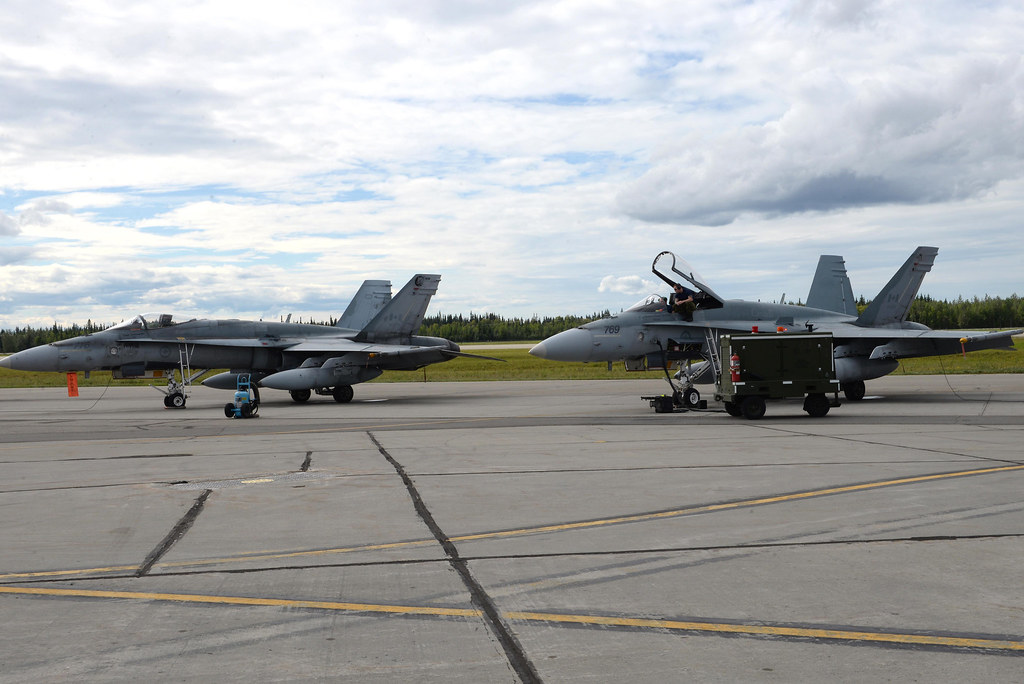 Canadian, U S  Forces train together during Exercise Red F